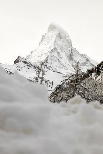 雪の吹きだまり「Mattherhorn. Zermatt. Switzerland」:スマホ壁紙(13)