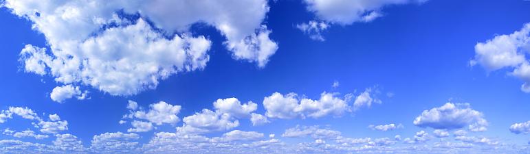 雲「空の雲」:スマホ壁紙(10)