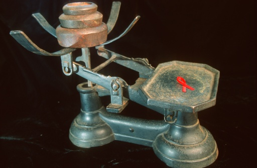 A Helping Hand「Antique Scale with Aids Ribbon」:スマホ壁紙(1)