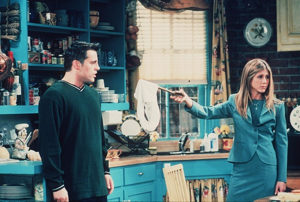 "Television Show「1999 Matt Le Blanc and Jennifer Aniston star in the latest season of ""Friends.""」:写真・画像(14)[壁紙.com]"