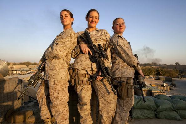 Sailor「Female Marines Take On Challenges in Afghanistan」:写真・画像(8)[壁紙.com]