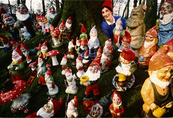 Large Group Of Objects「Gnome Man's Land」:写真・画像(5)[壁紙.com]