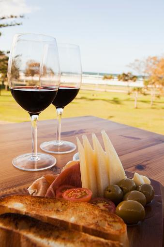 Picnic「Spanish Tapas And Wine; Kirra Gold Coast Queensland Australia」:スマホ壁紙(10)