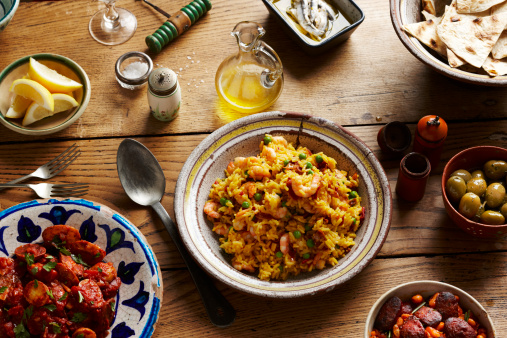 Ready-To-Eat「spanish tapas and paella on table」:スマホ壁紙(7)