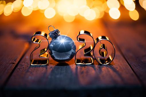 Cookie Cutter「Golden Christmas 2020 - Gold Metal Lights Wood New Year」:スマホ壁紙(18)