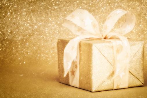 プレゼント「ゴールデンクリスマスのギフトボックス」:スマホ壁紙(15)
