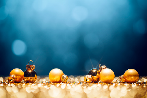 Christmas Decoration「Golden Christmas Time - Decorations Lights Bokeh Defocused Blue Gold」:スマホ壁紙(9)