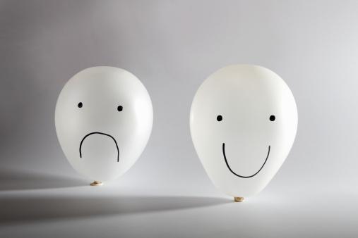 擬人化「Happy and sad balloon faces」:スマホ壁紙(8)