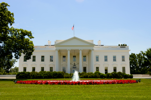 US President「Front facade of the White House in Washington, DC」:スマホ壁紙(7)