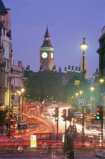 Double-Decker Bus「Traffic at Night on Pall Mall, London, UK」:スマホ壁紙(11)