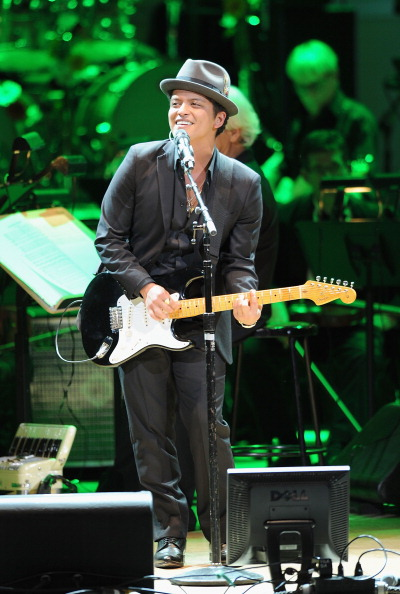 コンサート「2012 Concert For The Rainforest Fund - Show」:写真・画像(11)[壁紙.com]