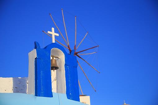 Aegean Sea「Bell and cross in Oia, Santorini」:スマホ壁紙(12)