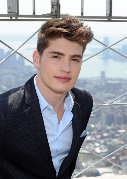 Empire State Building「Gregg Sulkin Visits The Empire State Building」:写真・画像(8)[壁紙.com]
