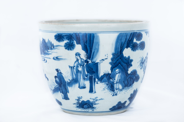 Bowl「Deep Blue And White Fish Bowl Of Sages In Bamboo Grove 1630-1650」:写真・画像(7)[壁紙.com]