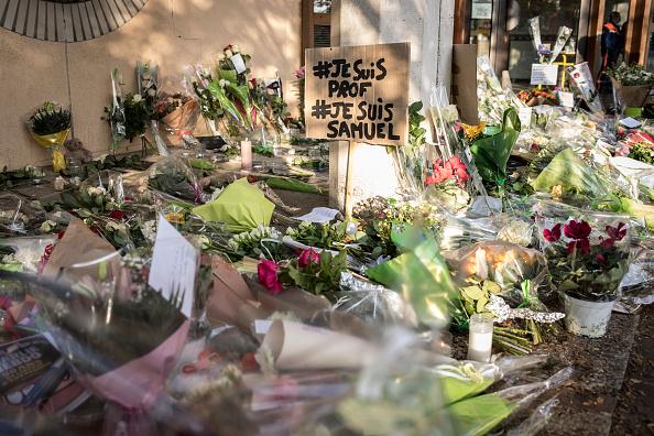 France「Terror Alert As Teacher Beheaded In Paris Suburb」:写真・画像(1)[壁紙.com]