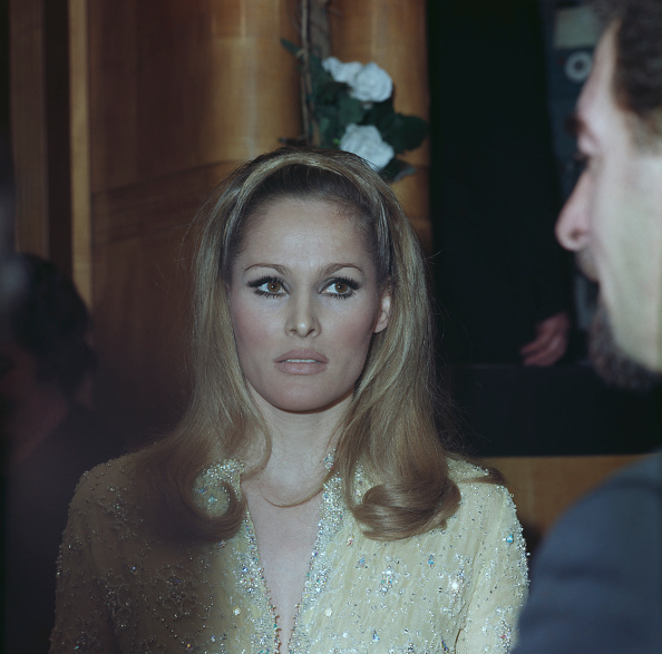 George Freston「Ursula Andress」:写真・画像(14)[壁紙.com]