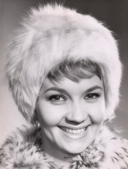 Warm Clothing「Liselotte Pulver」:写真・画像(19)[壁紙.com]