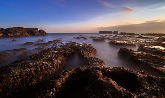 バリ島「Mengening Beach at sunset, Canggu, Bali, Indonesia」:スマホ壁紙(9)