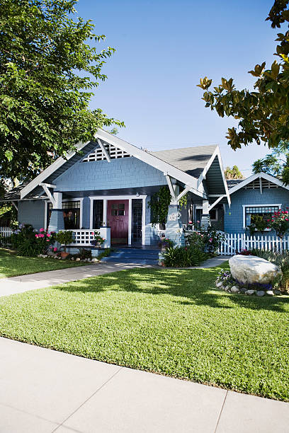 Craftsman style home exterior:スマホ壁紙(壁紙.com)