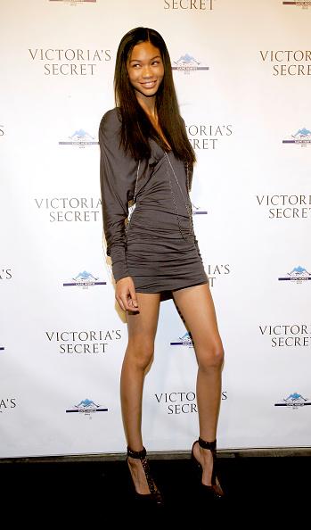 T-strap Shoe「Cocktail Party For New Victoria Secret Lexington Avenue Flagship Store」:写真・画像(13)[壁紙.com]