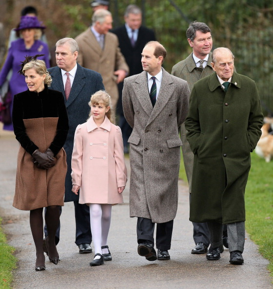 Lady Louise Windsor「The Royal Family Attend Christmas Day Service At Sandringham」:写真・画像(3)[壁紙.com]