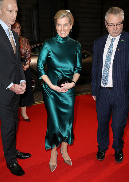 "Sophie Rhys-Jones - Countess of Wessex「The Countess Of Wessex Attends The ""Sulphur And White"" Premiere」:写真・画像(14)[壁紙.com]"