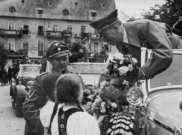 Bouquet「Flowers For Hitler」:写真・画像(16)[壁紙.com]