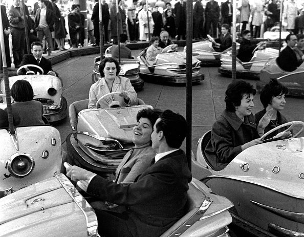 Amusement Park Ride「Bumper Cars」:写真・画像(13)[壁紙.com]