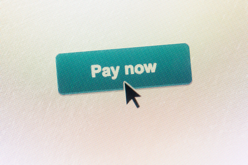 サイバー「Clicking on PAY NOW web button on website」:スマホ壁紙(3)