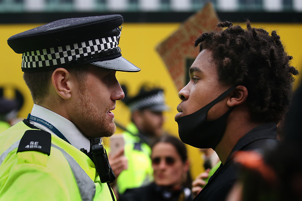 Police Force「Black Lives Matter Demonstrations In UK Continue Into The Weekend」:写真・画像(19)[壁紙.com]