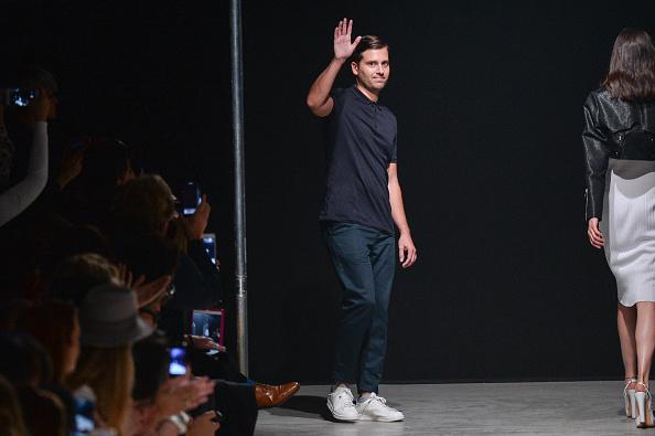 Gratitude「Guy Laroche : Runway - Paris Fashion Week Womenswear Spring/Summer 2017」:写真・画像(9)[壁紙.com]
