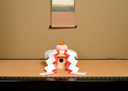 お正月「Kagami-mochi」:スマホ壁紙(9)