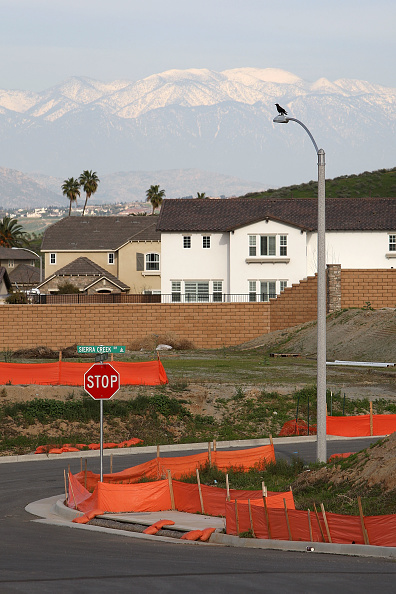 Street Light「Home Prices Continued To Decline In 2008, New Index Reports」:写真・画像(19)[壁紙.com]
