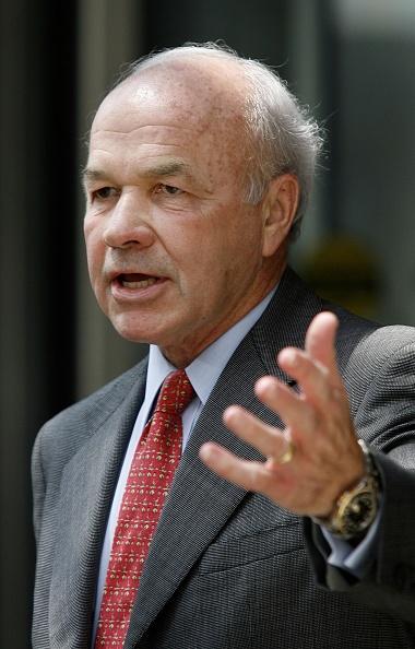 Dave Einsel「Ken Lay's Bank Fraud Trial Continues」:写真・画像(8)[壁紙.com]