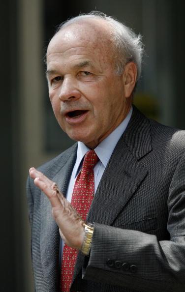 Dave Einsel「Ken Lay's Bank Fraud Trial Continues」:写真・画像(7)[壁紙.com]