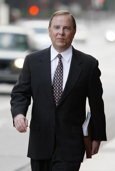 Dave Einsel「Skilling Prepares To Testify In Enron Trial」:写真・画像(6)[壁紙.com]
