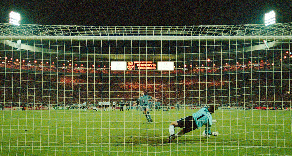 Germany「1996 UEFA European Championships England v Germany」:写真・画像(13)[壁紙.com]