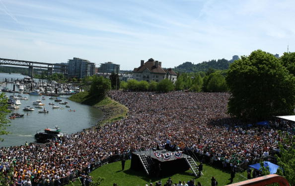 Oregon - US State「Barack Obama Campaigns Throughout Oregon Ahead Of State's Primary」:写真・画像(5)[壁紙.com]