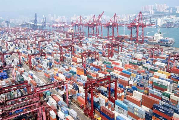 Pier「Container Terminal 9 at Kwai Chung in Hong Kong, China」:写真・画像(2)[壁紙.com]