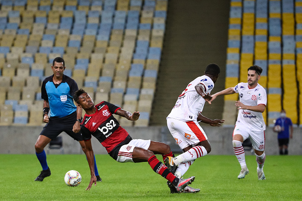 Maracanã Stadium「Flamengo v Bangu - Carioca State Championship」:写真・画像(18)[壁紙.com]