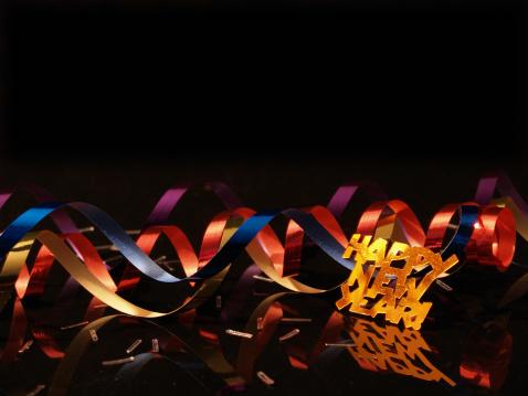 New Year「New Year's celebration with confetti background」:スマホ壁紙(5)
