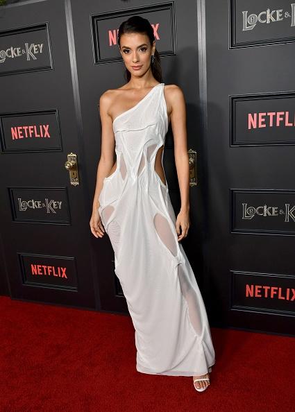 "Cut Out Clothing「""Locke & Key"" Los Angeles Premiere」:写真・画像(0)[壁紙.com]"