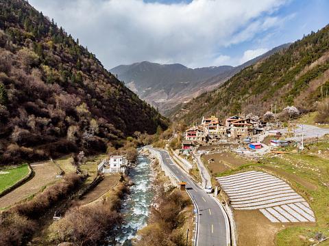 Himalayas「Tibetan Village」:スマホ壁紙(5)
