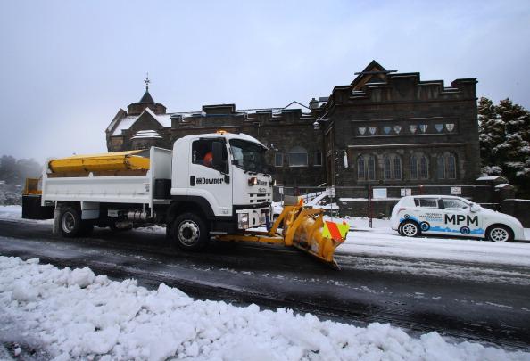 Construction Vehicle「Snow Falls In Canterbury」:写真・画像(4)[壁紙.com]