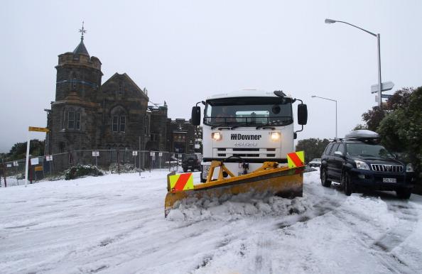 Construction Vehicle「Snow Falls In Canterbury」:写真・画像(3)[壁紙.com]