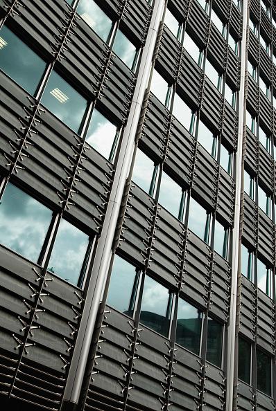 Full Frame「Modern office block, St Pauls, London, UK」:写真・画像(1)[壁紙.com]