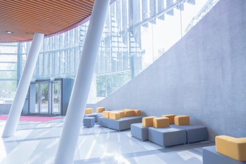 Postmodern「Modern Office Lobby」:スマホ壁紙(3)