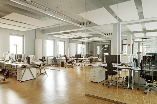 Open Plan「Modern office interior」:スマホ壁紙(10)