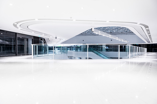 Architectural Feature「modern office building hallway」:スマホ壁紙(10)