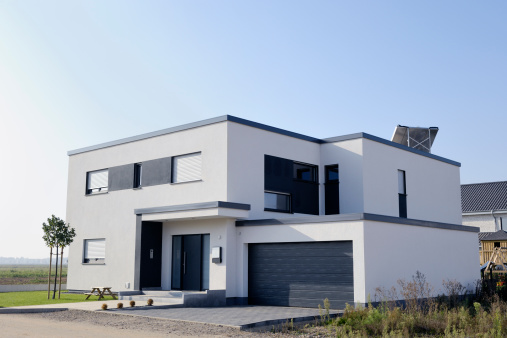 Germany「Modern luxury white house with garage」:スマホ壁紙(9)
